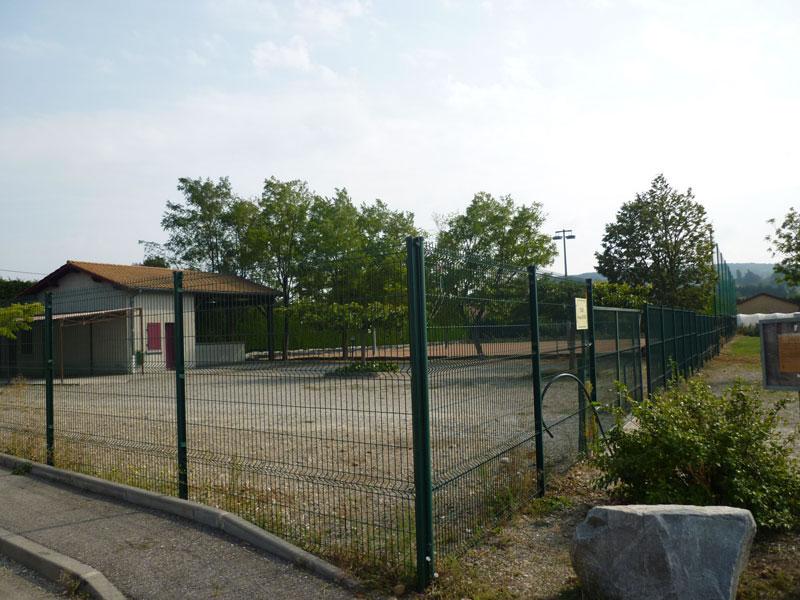 Stade G. Piaton Assieu